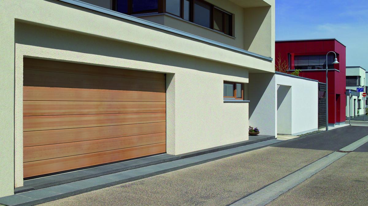 Porte de garage sectionnelle afc automatisations for Garage a caen