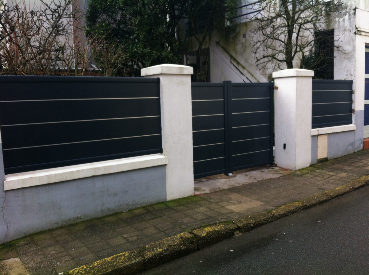 Cl ture afc automatisations fermetures concept caen portes fen tres portails for Porte cloture aluminium